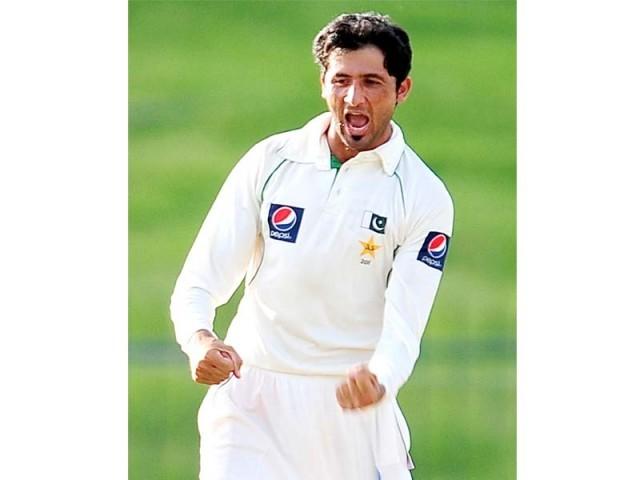 ٹیسٹ رینکنگ میں بہتری حاصل کرنے والے پاکستانی فاسٹ بولر جنید خان کا فائل فوٹو/ایکسپریس