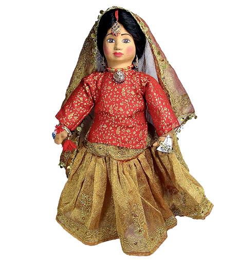 http://express.pk/wp-content/uploads/2014/03/Mother-of-dolls.jpg