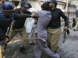 ایڈیشنل سیشن کورٹ نے  وزیراعظم اور وزیراعلیٰ پنجاب سمیت 21 افراد کے خلاف مقدمہ درج کرنے کا حکم جاری کیا تھا۔ فوٹو : فائل