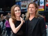 انجیلینا جولی اور بریڈ پٹ 2005 میں ایکشن فلم 'مسٹر اینڈ مسز اسمتھ' کی شوٹنگ کے دوران ایک دوسرے کی محبت میں گرفتار ہوئے تھے۔ فوٹو: فائل