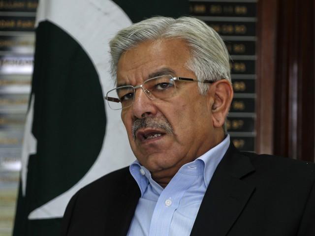 عمران خان نے خیبرپختونخوا کے لوگوں کو یرغمال بنا کر اسلام آباد میں میلہ لگایا ہوا ہے، وزیر دفاع    خواجہ آصف۔ فوٹو: فائل