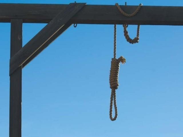 جیلوں میں سزائے موت کے منتظر لوگوں کی تعداد مسلسل بڑھ رہی ہے۔ حکومت نہ اُن کو معاف کررہی ہے اور نہ سزا دے رہی ہے جس کے سبب سیکڑوں لوگوں کی جگہ میں ہزاروں قیدیوں کو رکھا جارہا ہے اور ساتھ ہی ساتھ کروڑوں کی لاگت الگ آرہی ہے۔ فوٹو: فائل