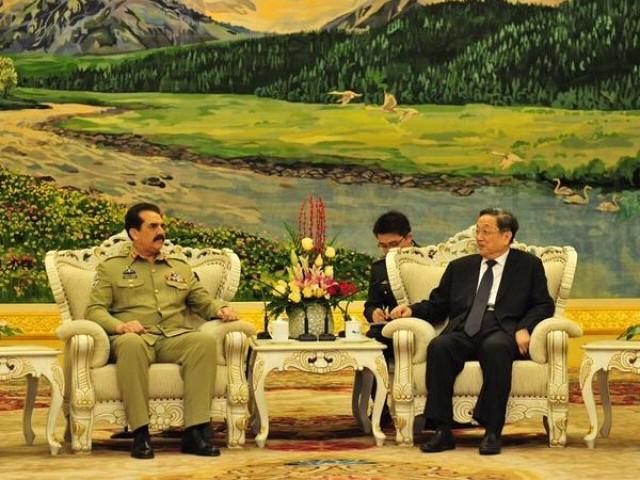 چینی حکومت اور عوام پاکستان کے ساتھ کھڑے ہیں اور ہر سطح پر دوست ملک کی مدد کی جائے گی، ژو ینگشینگ۔ فوٹو: آئی ایس پی آر