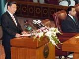 پاکستانی پارلیمنٹ سے خطاب میرے لیے اعزاز کی بات ہے، صدر شی چن پنگ  فوٹو: اے ایف پی