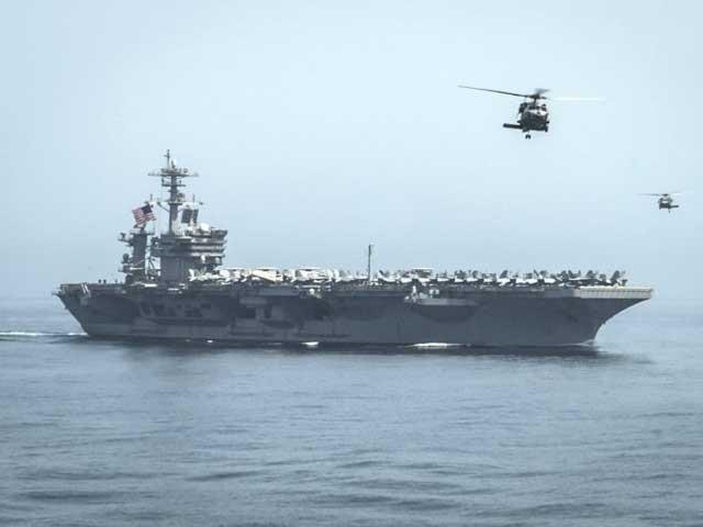 امریکہ نے دعوی کیا ہے کہ ایران کی اسلحہ سے لدی کشتیوں کی نشان دہی ہوئی ہے جو یمن کے حوثیوں کے لیے اسلحہ لے جارہی تھیں، فوٹو فائل