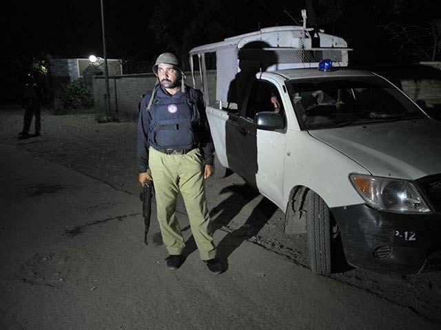 ہلاک دہشت گرد حفیظ عرف محمود احمد سری لنکن ٹیم پر حملے میں ملوث تھا، پولیس ۔ فوٹو : فائل