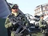 گزشتہ 3 ماہ کے دوران میکسیکو میں منشیات کے کاروبار میں ملوث افراد کم از کم 20 پولیس اہلکاروں اور فوجیوں کو ہلاک کرچکے ہیں فوٹو: فائل