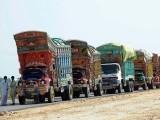 پیر 25مئی کے روز بھی بھارتی ٹماٹر لے کر 14ٹرک واہگہ کے راستے پاکستان پہنچے جن کا معائنہ کیا جارہا ہے، ڈاکٹر مبارک۔  فوٹو : فائل