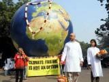 گرین پیس بھارتی ایٹمی بجلی گھروں کے منصوبوں اور حکومتی پالیسیوں پر احتجاج اور تنقید کرتی رہی ہے، فوٹو:فائل