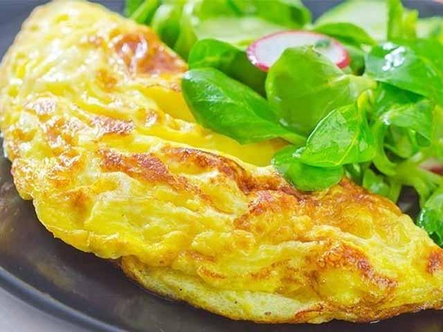 """اس بار پیش ہے """"انڈوں کے آملیٹ"""" جو رمضان میں آپ کی سہری کا مزہ دوبالا کردیں گے:فوٹو فائل"""