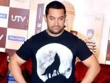 عامر خان فلم میں پہلوان کا کردار ادار کررہے ہیں جس کی وجہ سے انہوں نے اپنا وزن 95 کلوگرام تک بڑھالیا تھا ، فوٹو:فائل