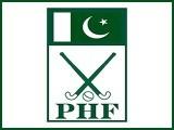 سابق قومی کپتان حنیف خان اورسمیع اللہ سمیت لاتعدادکھلاڑی فیڈریشن سے نالاں اورتبدیلی چاہتے ہیں۔ فوٹو: فائل