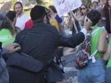 یشائی شلیسل نے 2005 میں بھی ہم جنس پرستوں کے حق میں نکالی جانے والی ریلی پر تیز دھار آلے کی مدد سے حملہ کیا تھا۔ فوٹو: سی این این