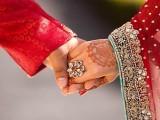 شادی پر تعلیم ، سماجی رتبے اور آمدنی کا اثر بھی پڑتا ہے،ماہرین فوٹو: فائل