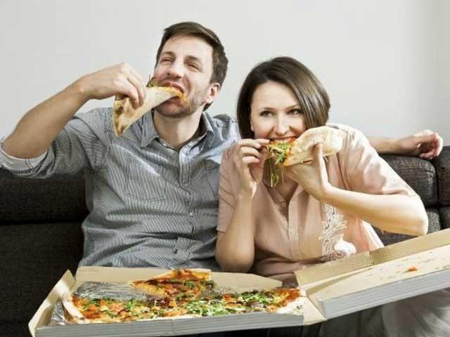 409285 image 1448121277 936 640x480 - مرد خواتین کے ساتھ زیادہ کھانا کھاتے ہیں
