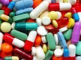 قیمتوں میں اضافے سے ادویات مہنگی ہوجائیں گی،درخواست گزار:فوٹو:فائل