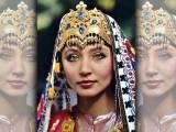 کوریا میں دلہنوں کے لباس کو ہنبوک کہا جاتا ہے اور ماتھے پر موتیوں کا جھومر پہنایا جاتا ہے۔ :فوٹو : فائل