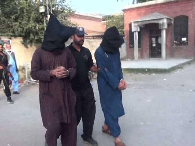 اسلام آباد:چیف جسٹس انور ظہیر جمالی کی سربراہی میں پانچ رکنی لارجر بینچ نے فیصلہ محفوظ کیافوٹو: فائل