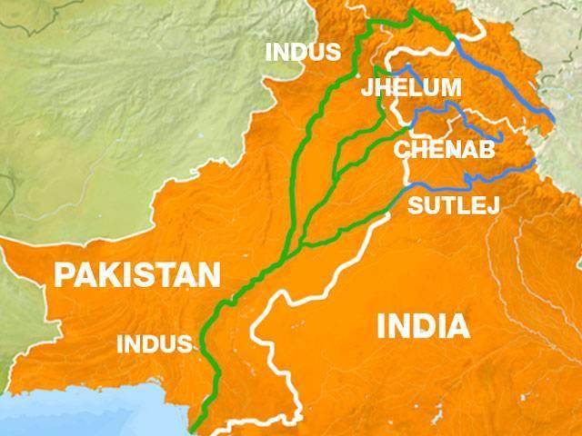 پاکستان اور بھارت کے درمیان آبی معاہدے کے مختلف پہلو، ماضی، حال اور مستقبل۔ فوٹو: فائل