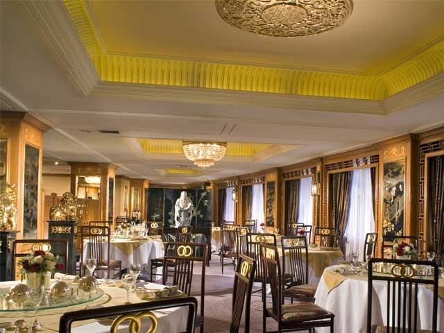 چینی ہوٹل کی اسکیم سے ہوٹل کو 15 لاکھ روپے کا نقصان بھی اٹھانا پڑا۔ فوٹو؛ فائل
