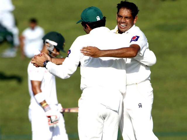 اسپنرز ویسٹ انڈیز کیخلاف جیت میں کلیدی کردار ادا کرسکتے ہیں، محسن خان۔ فوٹو: اے ایف پی/فائل