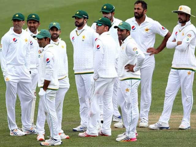 نیوزی لینڈ سے شکست کے بعد پاکستان ٹیسٹ رینکنگ میں دوسری سے چوتھی پوزیشن پر آگیا۔ فوٹو؛ فائل