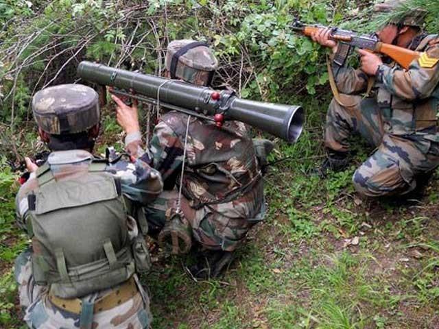 بھارتی جارحیت کا پاک فوج کی جانب سے بھر پور جواب دیا جارہا ہے۔ فوٹو: فائل