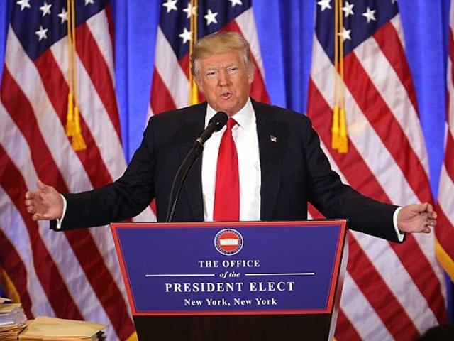 روس سے کوئی ڈیل نہیں ہوئی اور اگر روسی صدر مجھے پسند کرتے ہیں تو یہ فائدہ مند ہے، نومنتخب امریکی صدر۔ فوٹو: بشکریہ ڈیلی میل