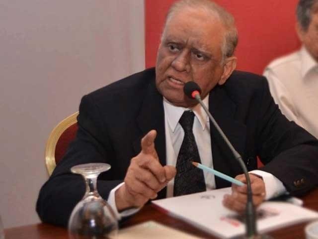 عدالت عظمیٰ کے جس 11 رکنی بینچ نے نوازشریف کی حکومت بحال کی، جسٹس سعید الزماں صدیقی اس کا حصہ تھے۔ فوٹو: فائل