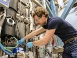 ای ایم پی اے کی تجربہ گاہ میں حرارت محفوظ کرنے کا نظام جو ضرورت کے تحت حرارت جذب کرکے اسے مہینوں بعد خارج کرسکتا ہے۔ فوٹو: بشکریہ ای ایم پی اے