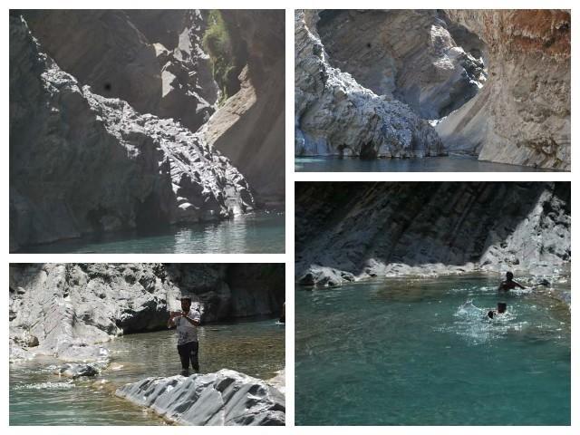 پہاڑ سے گرتا گرم پانی کا آبشار جسمانی تھکن دور کرنے کے لئے کافی تھا۔ پانی میں رنگ برنگے پتھر اور مچھلیاں اِس کے حُسن میں مزید اضافہ کر رہی تھیں۔ فوٹو: ایکسپریس