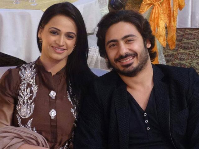 اداکارہ نور نے استاد حامد علی خان کے بیٹے ولی حامد سے 2015 میں چوتھی شادی کی تھی۔۔ فوٹو:فائل