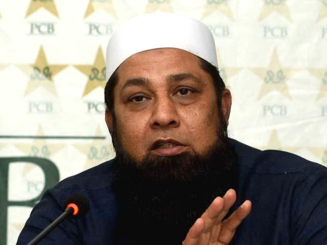 شاداب خان کی پرفارمنس شانداررہی اوران کا مستقبل روشن دکھائی دے رہا ہے،چیف سلیکٹرانضمام الحق ۔ فوٹو: فائل