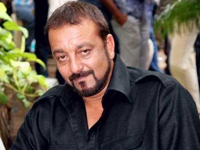 سنجے دت کی فلم کی ٹیم سے ملاقات کے بعد ان کی بھی فلم میں شمولیت سے متعلق قیاس آرائیاں کی جارہی ہیں، فوٹو؛ فائل