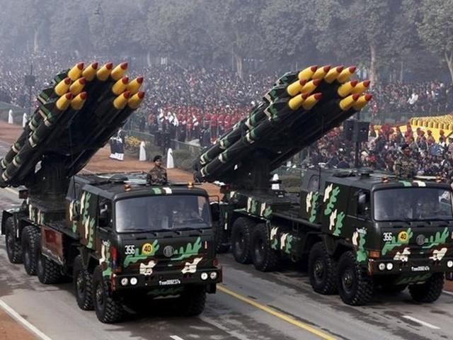امریکا ملکی جی ڈی پی کے 36 فیصد دفاع پر اخراجات کے ساتھ سرفہرست ہے۔  فوٹو: فائل