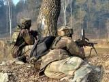 واقعے کے بعد بھارتی فوجیوں کی جانب سے پورے علاقے کا محاصرہ کرکے سرچ آپریشن شروع کردیا گیا: فوٹو: فائل
