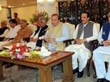 وزیراعظم نے قانونی ٹیم کو عمران خان کے الزامات پر ان کے خلاف عدالتی کارروائی کیلیے تیاری کی ہدایت کردی، فوٹو؛ فائل
