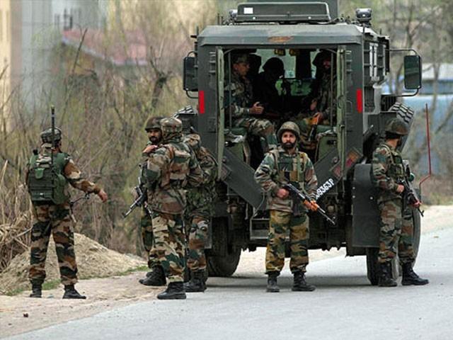 آپریشن میںگھر گھر تلاشی اور  ہیلی کاپٹرز کا بھی استعمال کیا جارہا ہے، کشمیر میڈیا سیل۔ فوٹو : فائل