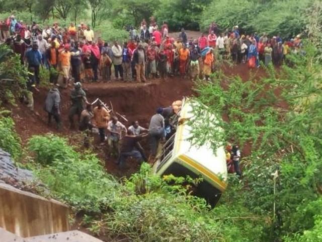 مرنے والوں میں 17 طالبات اور 12 طلبا تھے جن کی عمریں 12 سے 14 سال کے درمیان تھیں، حکام۔ فوٹو: بشکریہ زنہوا