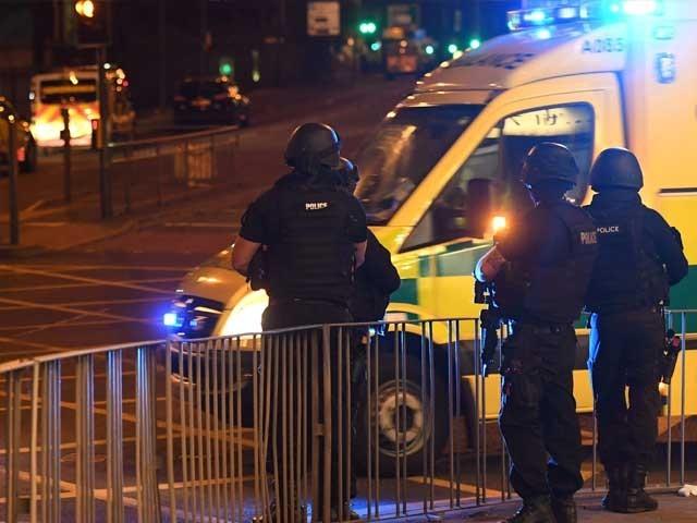 اس بم دھماکے کو برطانیہ پر ہونے والا بڑا دہشت گرد حملہ قرار دیا جارہا ہے۔ (فوٹو: اے ایف پی)