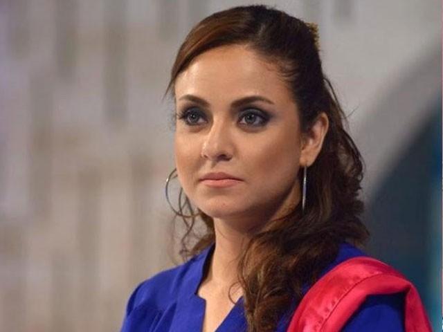 ٹیلنٹ ہنٹ آڈیشن میں بطور جج ہالی ووڈ اداکار نے نادیہ خان کی بیٹی کو نوچ کھسوٹ کردھکا دے دیا۔ فوٹو: فائل