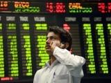انڈیکس 52637 پوائنٹس پرآگیا،بیشترکمپنیوں کی قیمتیں گرگئیں، سرمایہ کاروں کو 35 ارب 62 کروڑ روپے کانقصان۔ فوٹو : فائل