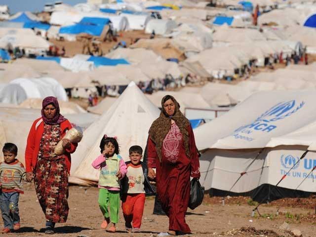 اس وقت بھی پاکستان میں سرکاری طور پر رجسٹرڈ پناہ گزینوں کی تعداد 14 لاکھ ہے جبکہ اصل تعداد اس سے کہیں زیادہ ہوسکتی ہے۔ (فوٹو: فائل)