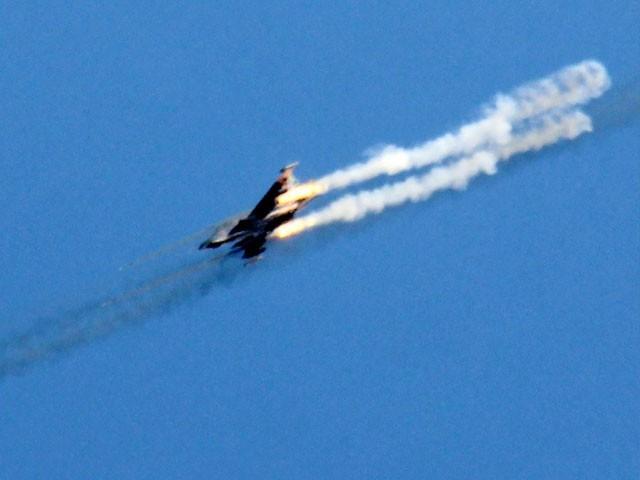 شام میں امریکا اور اس کے اتحادیوں کے طیاروں کو نشانہ بنائیں گے،روسی وزارت دفاع — فائل فوٹو