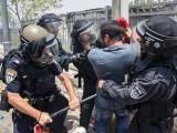 متعدد فلسطینیوں کو گرفتار کرلیا گیا، محمود عباس کا امریکی ہم منصب کے مشیر کو فون، سنگین صورتحال پر تبادلہ خیال۔ فوٹو : اے ایف پی