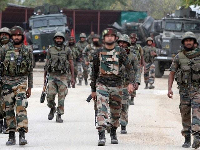 2014 سے لے کر اب تک 310 بھارتی فوجی خودکشی کرچکے ہیں، وزیر دفاع سبھاش بھامرے۔ فوٹو: فائل