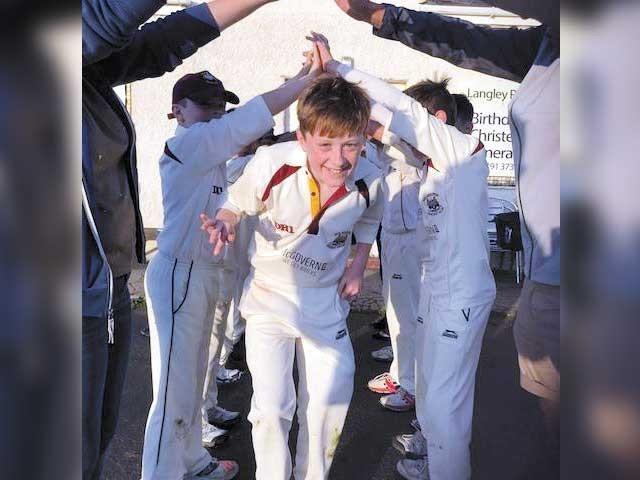میں نے 30 برس کرکٹ کھیلی لیکن اس طرح کی پرفارمنس پہلے کبھی نہیں دیکھی تھی، اسٹیفن روبنسن ۔ فوٹو : فائل