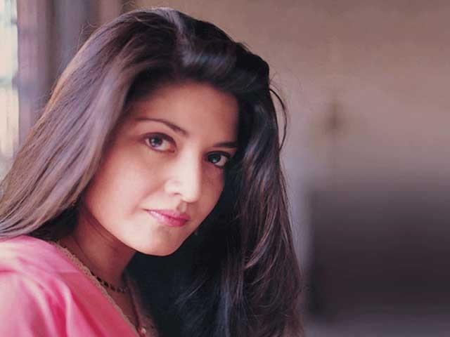 نازیہ حسن نے اپنے فنی کیریئر کا آغاز15 برس کی عمر میں پاکستان ٹیلی وژن سے کیا،فوٹوفائل
