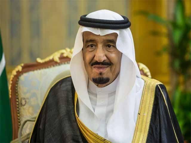 خادم الحرمین الشریفین شاہ سلمان بن عبدالعزیز نے قطری عازمین حج کے سعودی عرب میں داخلے کےلیے زمینی گزرگاہ کھولنے اور انہیں مناسک حج کی ادائیگی میں ہر ممکن سہولت فراہم کرنے کا حکم دے دیا ہے۔ (فوٹو: فائل)