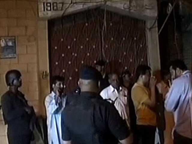 آئی جی سندھ کی واقعے میں ملوث ملزموں کو جلد از جلد گرفتار کرنے کی ہدایت ۔ فوٹو : اسکرین گریب ایکسپریس نیوز